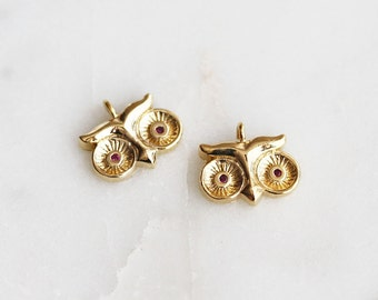 P1-066-G] Owl / 10 x 8.5mm / Gold plated / Pendant / 2 piece(s)