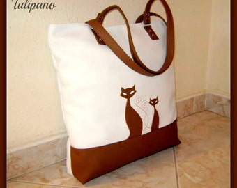 Trendy, huge shopping bag with cats. You can take order with any symbol. Made of high quality leatherette.