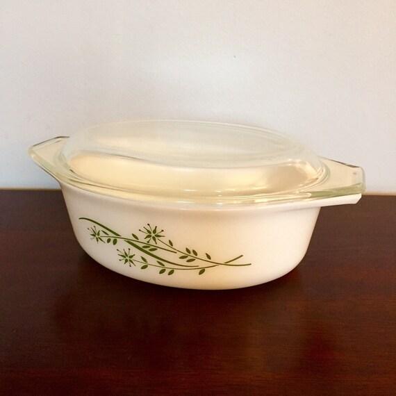 Vintage White Py...1.5 Quart Baking Dish Dimensions