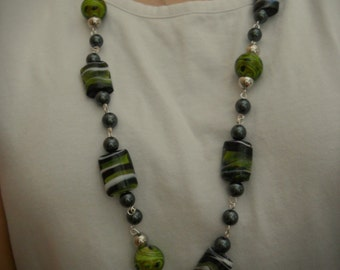 40% off- Green and Black Necklace, Hand Wired Necklace, Universal Necklace, Trendy Necklace