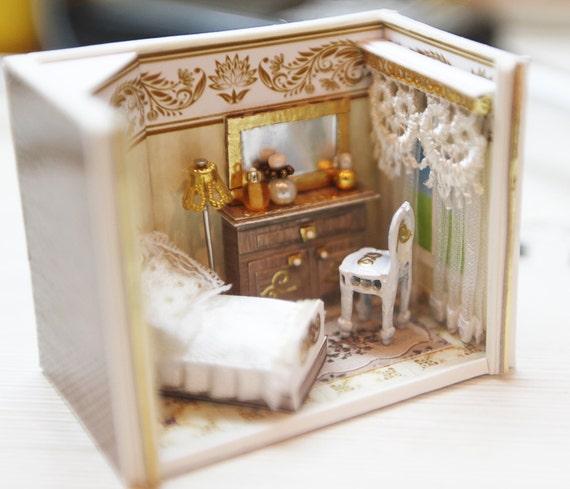Dollhouse Miniature RoomBox Living Room Scale 1:12 Diorama