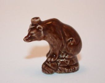 Red Rose/Wade Circus Bear Figurine