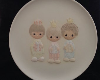"""Vintage Precious Moments Limited Edition Collector Plate """"We Three Kings"""" with box and Certificate of Authenticity"""