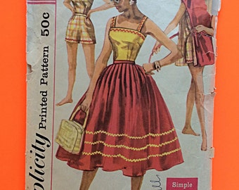 "1957 SKIRT, TOP, SHORTS, Size 14, Bust 34"", Simplicity 2122."