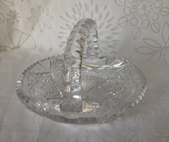 Clear cut glass basket scalloped edge by treasuresfoundshoppe How can i cut glass at home