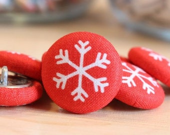 Fabric Covered Buttons - Snowflake on Red - 6 Medium Fabric Buttons