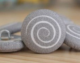 Fabric Covered Buttons - Spiral on Grey - 1 Medium Fabric Buttons
