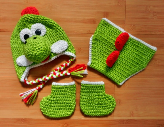 Crochet Dinosaur Hat And Diaper Cover Pattern : Newborn dinosaur crochet set, Crochet Baby Dinosaur Hat ...
