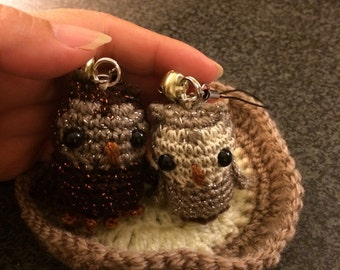 2 mini crochet owl with/without cell phone strap. Amigurumi strap. Cell phone accessories.