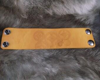 "2"" Leather wrist cuff wristband Steampunk Multiple Gears LARP Cosplay"