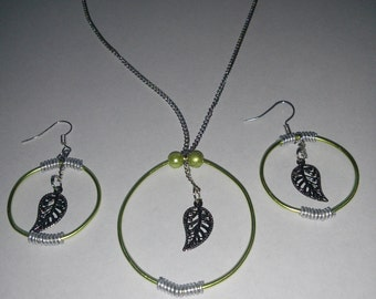 leaf earring and necklace set