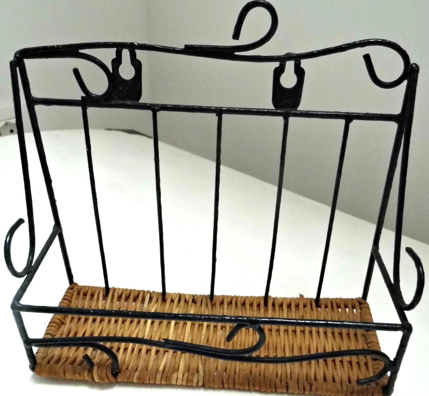 small metal wicker floating wall shelf rustic vintage home. Black Bedroom Furniture Sets. Home Design Ideas
