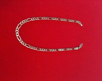 """14 K Yellow Gold Beautiful Charm Anklet. 6.0 GM. 10"""" Long."""