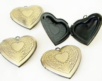 Heart Locket, antiqued brass, brass heart, flower, Steampunk, 29x27mm, 1 each, D266