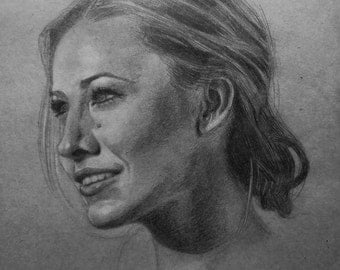 Pencil Portrait Drawing, Custom Pencil Portrait - Size A4 (8.2 x 11.7 inches)
