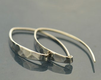 Contemporary Sterling Silver Earring with Shiny