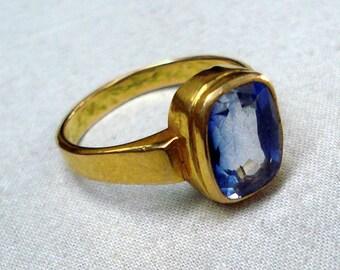 vintage 18k gold ring kaka nili gemstone handmade jewelry rajasthan india