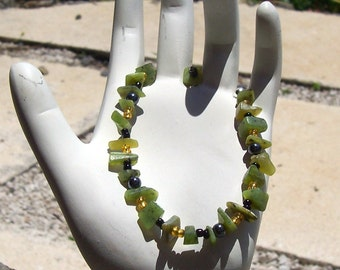 B1313 - Black and Green Single Strand Bracelet, Custom Design, One of a Kind, Handmade Beaded Jewelry