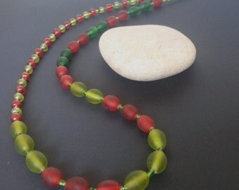 Asymmetric bead necklace: green and red folk inspired beaded necklace, gift ideas, gifts for her, jewelry, jewellery, necklaces