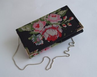 Clutch purse pattern Floral fabric Black and red Clutch bag