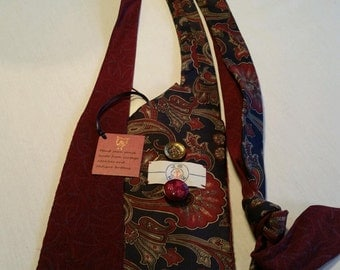 Red Paisley Purse