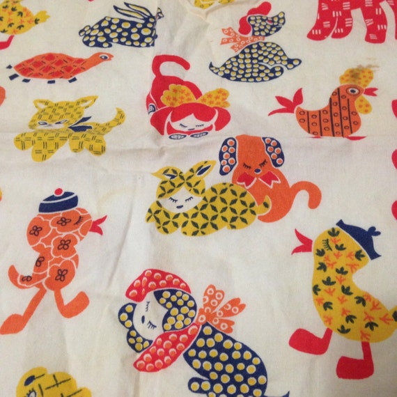Vintage cotton fabric childrens pattern animals by for Childrens patterned fabric