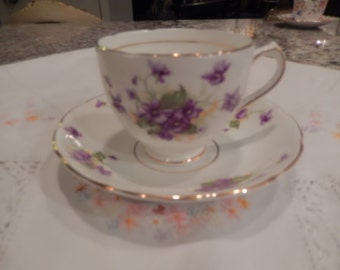 ENGLAND DUCHESS TEACUP and Saucer