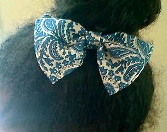 Beautiful Classy Old School Hair Bow
