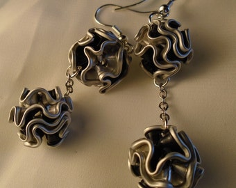 upcycled into modern earrings earrings, earrings nespresso pods, light aluminium