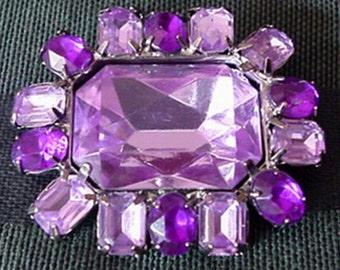 Lilac and Amethyst Color Lucite Brooch