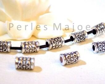 Lot de 30 perles en métal décorées forme tube - colonne style tibétain dimensions 5 x 7.5 mm