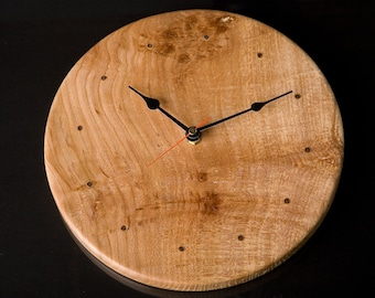 Quartz movement Elm Clock