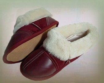 Leather and Sweden slippers - slippers of leather and Sweden.