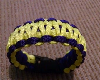 King Cobra Weave 550 paracord survival bracelet