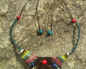 Arcoiris macramé necklace