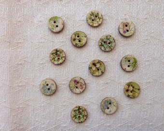 Set of 10 wooden floral theme buttons