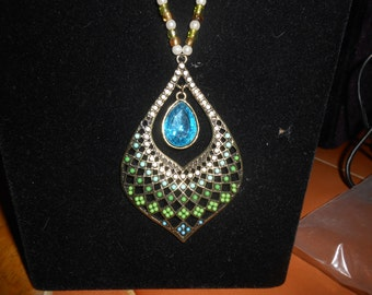 Turquiose Gem Necklace and Earring Set