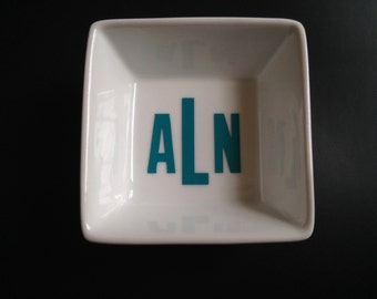 Monogrammed ring dishes