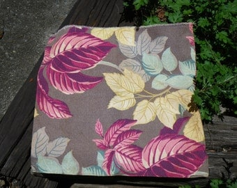 1940s/1950s Barkcloth fabric pillow (cloth only)