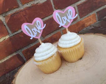 love cupcake toppers!