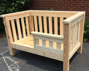 Toddler bed - Wooden toddler bed - Safety rail - Solid pine