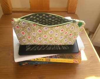Floral print pencil case / cosmetic pouch / make-up bag /