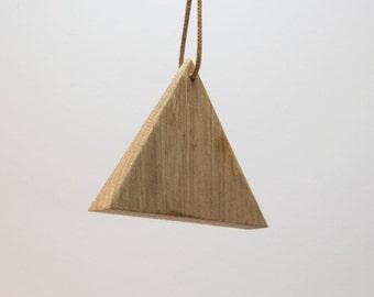 Triangle wood chain Nr. 2