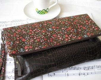 BROWN FLORAL foldover clutch wristlet purse pouch, flowers, large, magnet