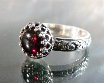 Medieval Garnet Ring in sterling silver Victorian crown burgundy red cab size 6 stackable