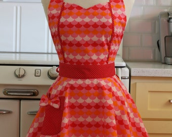 Retro Apron Pink and Red Scallops MAGGIE
