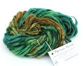 Handdyed thick and thin megachunky slub pure wool, hand dyed dread falls knitting crochet Perran Yarns green super chunky bulky felting yarn