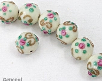 10mm Cream Floral Lampwork Bead #HCC045