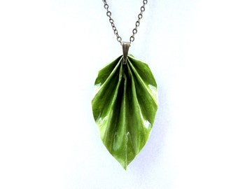 First anniversary gift, Green Leaf Necklace- Leaf Jewelry-Paper Jewelry-Origami Necklace-Long chain Necklace- Simple Leaf necklace