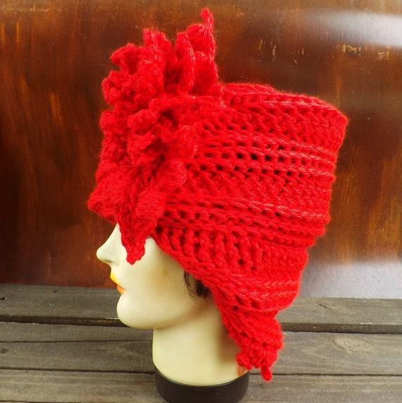 Cloche Hat 1920s, Womens Crochet Hat, Womens Hat Trendy, Red Hat, LAUREN 1920s Cloche Hat Crochet Flower Crochet Flower, Strawberry Couture
